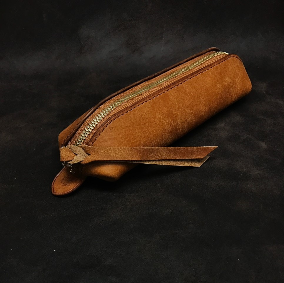 leatherpencilcase_02.jpg